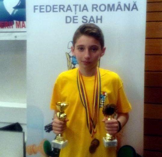 Radu Fluerariu, Buftea are viitor in șah!