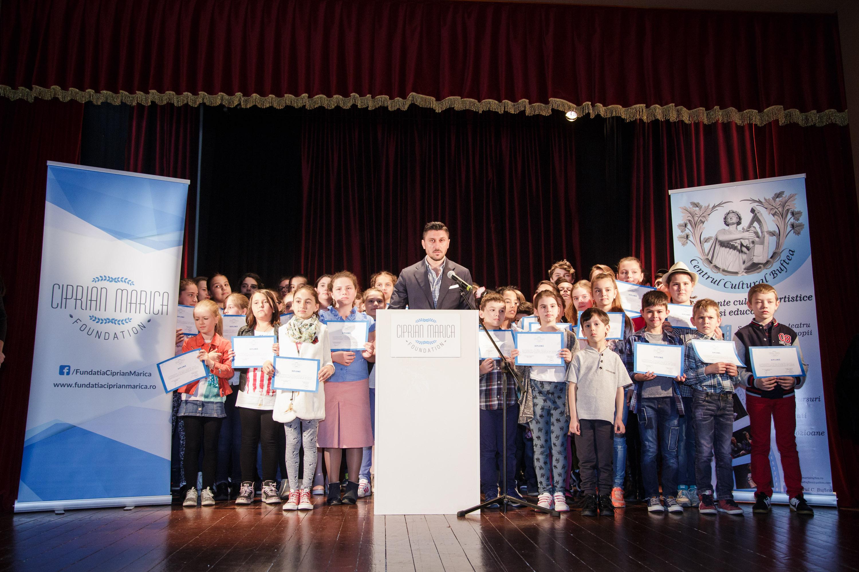 Cursanţii Fundaţiei Ciprian Marica au făcut spectacol pe scena Centrului Cultural Buftea