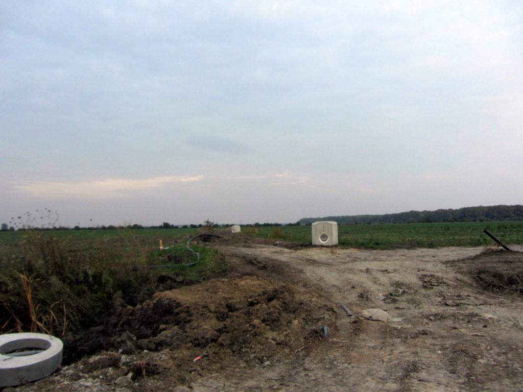 VIDEO: Consiliul Local Buftea omenit de RAJA pentru a vota canalizarea pe terenurile lui Pistol